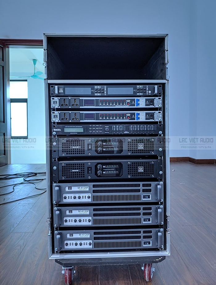 Tủ jack 16U giúp để các thiết bị an toàn