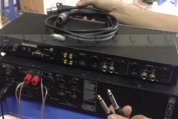 Chuẩn bị dây kết nối trước khi thực hiện cách ghép vang cơ với amply
