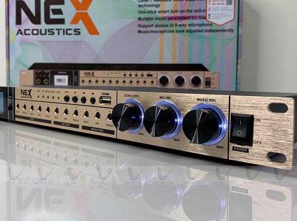Mặt trước của vang NEX FX9 Plus chính hãng có màu vàng gold sang trọng
