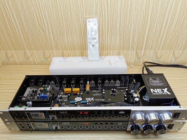 Vang cơ FX20 Plus sở hữu hệ thống linh kiện chất lượng cao
