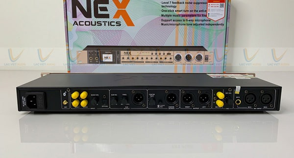 Vang karaoke NEX hỗ trợ nhiều cổng kết nối khác nhau ở phía sau thiết bị