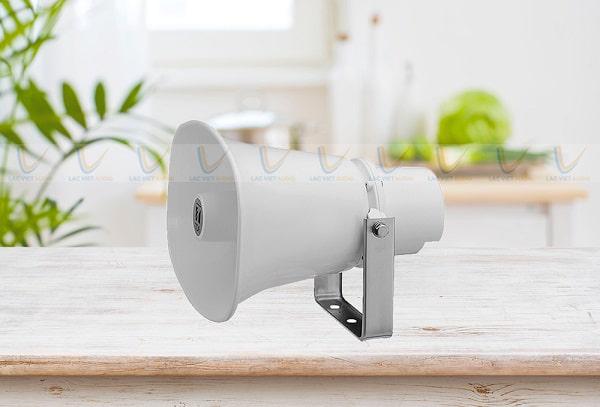 Loa phóng thanh TOA có chất âm thanh tốt, độ bền cao
