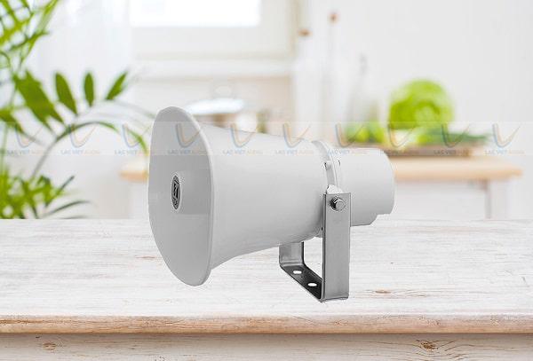 Sử dụng loa chất lượng là cách để giảm tình trạng loa phát thanh gây ồn vào ban đêm
