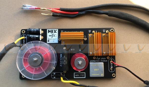 Tụ Faco chất lượng của Tây Ban Nha được sử dụng trong loa MIX X-12K