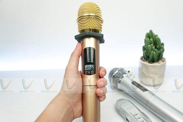 Tại sao mic không lên tiếng, không nói được