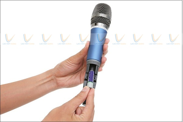 Micro không dây không lên tiếng do tay mic hết pin